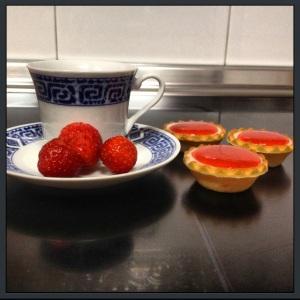 taza y fresas
